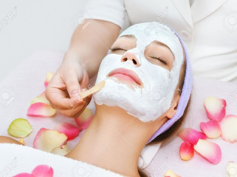 46559564-facial-treatment